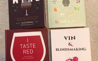 Disse gavebøkene om vin kan du gi til deg selv